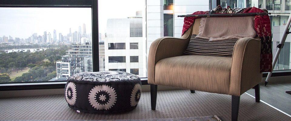 Jak zrenovovat nábytek, aby opět vypadal jako před lety?